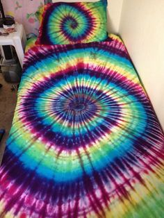 FREE SHIPPING (Domestic Only)!!!!!!!!!! Tie Dye Bedding, Tie Dye Spiral Bed Sheet Set, Tie dye bedsheet