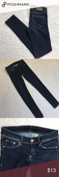 "H&M Super Skinny Super Low Waist Dark Wash These jeans are in great shape!  They are very stretchy.  Measurements laying flat are approximately: Waist 13"".  Rise 6.5"".  Inseam 31"". H&M Jeans Skinny"