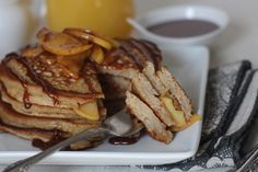 Caramel Apple Pancakes 1 tablespoon butter (or coconut oil) 1 medium apple, thinly sliced (I used gala, but use any kind) 1 tablespoon maple syrup ½ teaspoon ci. Paleo Sweets, Paleo Dessert, Paleo Food, Paleo Diet, Delicious Desserts, Keto, Paleo Pancakes, Pancakes And Waffles, Paleo Breakfast