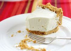 No Bake Cheesecake (Low Carb and Gluten Free) (Crust made with Almond Flour does need to be baked though)
