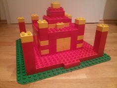 Hier siehst du den Tadsch Mahal in Indien aus LEGO® Duplo. Diese und weitere Bauideen gibt es auf BRICKaddict.de - einem Blog für LEGO® Duplo Inspirationen und Bauvorlagen.