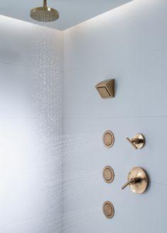 Contemporary Round rainhead - WaterTile showerhead - Purist valve trim