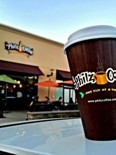 Try the coffee at Philz and pray that Emma Chamberlain is there so we can finally become best friends Coffee Is Life, Coffee Time, Coffee Shop, Morning Coffee, Coffee Making Machine, Coffee Machine, Cheap Coffee Mugs, Vanilla Iced Coffee, Wholesale Coffee