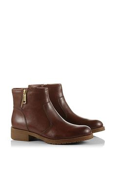 Esprit / warm lined ankle boot with zip