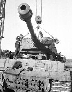 Tiger I having turret fitted  #worldwar2 #tanks