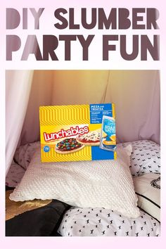 Slumber parties and pizza are meant to be, so thankfully there's Lunchables Pizza and Treatza. For the pizza, it has pizza sauce and KRAFT Mozzarella shredded cheese. For the Treatza,  it has chocolate sauce and candy coated chocolate chips. The good times don't stop there, it also comes with a Capri Sun pack. Give your kid a fun, quick and easy way to mix up their sleepovers. Sleepover Food, Slumber Parties, Lunchables Pizza, Summer Art Projects, Kids Corner, 10th Birthday, Summer Activities, Kids And Parenting, Capri Sun