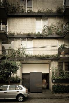 Galería de Hera 24 / DMP Arquitectura - 1