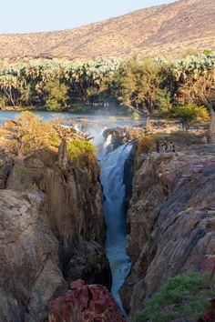 touchdisky:    Epupa Falls, Namibia