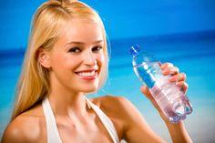 5 καλοκαιρινές, υγιεινές συνήθειες Water Bottle, Cyprus News, Water Flask, Water Bottles