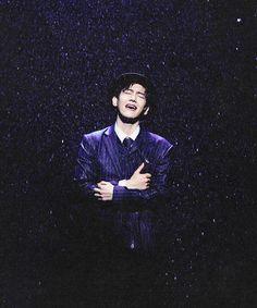 Byun Baekhyun, Singing in the Rain