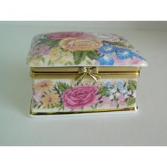 Small trinket box Ayshford sumer garden/made in England/fine bone... ($9.97) ❤ liked on Polyvore featuring home, home decor and small item storage