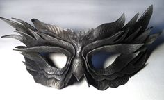 Silver Obsidian Feather Mask Handmade Leather Venetian Masquerade black/silver in Clothes, Shoes & Accessories, Fancy Dress & Period Costume, Accessories Owl Mask, Bird Masks, Venetian Masquerade, Masquerade Ball, Art Du Cuir, Raven Mask, Feather Mask, Masks Art, Eye Masks
