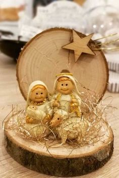 In this DIY tutorial, we will show you how to make Christmas decorations for your home. The video consists of 23 Christmas craft ideas. Easy Christmas Ornaments, Nativity Ornaments, Christmas Nativity Scene, Nativity Crafts, Christmas Wood, Christmas Bells, Christmas Projects, Simple Christmas, Kids Christmas