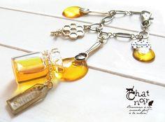 【Resale】 Feast Spoon Bag Charm * Honey Bottle