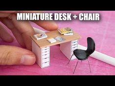 This is a scale miniature wooden bucket. Twice as small as regular dollhouse furniture. Most miniature artists create their products in scale. Modern Dollhouse Furniture, Diy Barbie Furniture, Miniature Furniture, Dollhouse Tutorials, Diy Dollhouse, Dollhouse Miniatures, Miniature Crafts, Miniature Dolls, Miniature Food