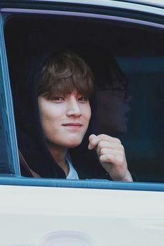 181202 after Inkigayo hoodie Ming 😆 ©theboyilove Woozi, Jeonghan, Wonwoo, Kim Min Gyu, Mingyu Seventeen, Kpop, Rapper, Hip Hop, Songs