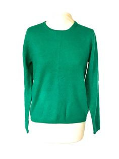 Post Etsy Items on Pinterest St Patrick's Day Outfit, Outfit Of The Day, Woolen Mills, Cashmere Jumper, Green Sweater, Streetwear Fashion, Casual Wear, Street Style, Pullover