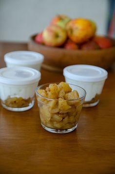 Compota de maçã para o café da manhã - Ariana Pazzini Chutney, Syrup, Yogurt, Strawberry, Canning, Fruit, Tableware, Food, Diet Desserts