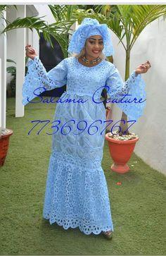 Tenue En Dentelle, Robe Africaine Dentelle, Mode Africaine Robe, Robe  Broderie, Haut f266039ecb6
