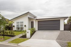 Rebecca Ward and Patrick Wilde's new house build in Riverhead.   #ourstories #clientreferences #newhome #house #freshpaint #generationhomesnz