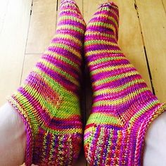Rose City Rollers! Free sock pattern on Ravelry.