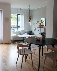 """1,045 Synes godt om, 38 kommentarer – Sylviann (@ssevjen) på Instagram: """"Good Night 🕊 . . #livingroom #interiør #interiors #interiores #kkliving #homedesign #interiör…"""""""