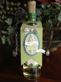 Christmas Wine Bottle Tag by Cindy Lee Bee Designs. Paper punches galore were… Christmas Wine, Christmas Gift Tags, Christmas Paper, Holiday Cards, Christmas Cards, Wine Bottle Tags, Wine Tags, Wine Bottles, Stampin Up Weihnachten