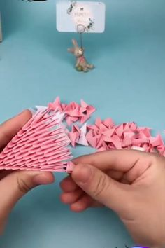 Page 846465692443853845 SkillOfKing Com is part of Paper art diy - Origami 3d, Origami Videos, Modular Origami, Paper Crafts Origami, Origami Design, Origami Folding, Paper Folding, 3d Paper, Paper Crafting