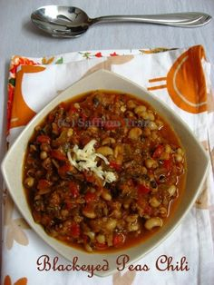 Vegetarian Chili Healthy Indian Recipes, Vegetarian Salad Recipes, Vegetarian Chili, Vegetarian Mexican, East Indian Food, Winter Dinner Recipes, Crock Pot Cooking, Mexican Pizza, Mexican Chili