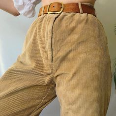 Goorrrgous oatmeal cream high waisted vintage cord trousers 🌞🌿 in a super thick ribbed jumbo corduroy that'll last u foreva and is so soft and comfy! Cord Trousers, Cords Pants, Corduroy Pants, Khaki Pants, Summer Girls, Oatmeal Cream, Mom Style, Pretty Outfits, Rpg