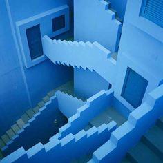 En lo más fffres.co: Fred Guillaud: un estudio fotográfico de la arquitectura: Un estudio de la arquitectura y el uso que la ciudadanía…
