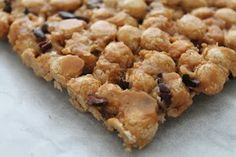 Lasten snickers // toddler snickers with peanut butter and honey