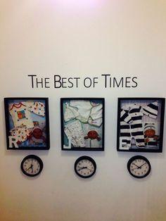 Süße Idee: der erste Body und Erinnerungsstücke in einem Rahmen und darunter die Uhrzeit der Geburt!