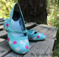 shoe refashioning with spray paint