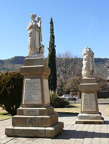 Eerste Taalmonument - Wikipedia Cemetery Monuments, African States, Vocabulary Games, Handmade Books, My Land, African History, Statue Of Liberty, Trek, South Africa