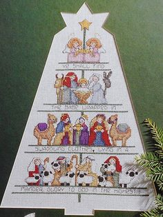 Lorraine Birmingham A CHRISTMAS TREE - Counted Cross Stitch Pattern Chart - Leisure Arts