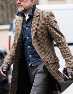 veste-en-jean-manteau-pied-de-poule - - - veste-en-jean-manteau-pied-de-poule – jacket-in-jean-coat-foot-of-hen – <!-- without result -->Related Post Co Cool Street Fashion, Look Fashion, Mens Fashion, Fashion Ideas, Fashion Fashion, Fashion Outfits, Fashion Trends, Gentleman Mode, Gentleman Style