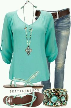 Use everyday elegance pattern by P4P for the shirt.