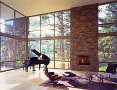 Imagine if this was my house and I all I owned were a piano, an Eames lounger and a nice rug *sigh*