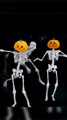 Funny Happy Birthday Gif, Happy Birthday Video, Happy Birthday Messages, Happy Birthday Images, Happy Halloween Gif, Snoopy Halloween, Fete Halloween, Scary Halloween, Funny Emoji Faces