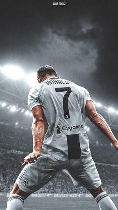 Looking for New 2019 Juventus Wallpapers of Cristiano Ronaldo? So, Here is Cristiano Ronaldo Juventus Wallpapers and Images Cr7 Ronaldo, Cristiano Ronaldo 7, Cristiano Ronaldo Wallpapers, Ronaldo Football, Sport Volleyball, Sport Basketball, Sport Football, Soccer Tips, Nike Soccer
