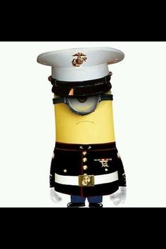 An Officer and a Minion? The Minion Marines! The minion MARINES got yer back. Once A Marine, Marine Mom, Marine Corps, Marine Ball, Marine Life, Amor Minions, Minions Despicable Me, Minion Humor, Minions Quotes