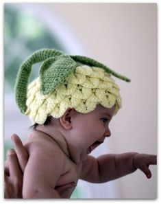 Crocodile Stitch Flower Hat (5 sizes) - Crochet Pattern - Permission to sell finished items. Touca de bebe