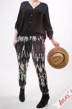 """Hose Loose Fit """"Mara"""" Muster Schwarz- Weiß von mydearlove® - shop auf DaWanda.com"""