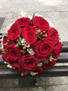 Ramo de novia, rosas rojas