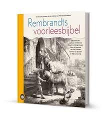 48/52Het Rembrandthuis bracht, in samenwerking met uitgeverij Terra, Rembrandts voorleesbijbel uit. Margje en Sjoerd Kuyper, Joke van Leeuwen, Jan Paul Schutten, Harmen van Straaten en Bibi Dumon Tak schreven gezamenlijk twintig verrassende verhalen die allen gebaseerd zijn op Rembrandts beroemde Bijbelse etsen.  https://www.hebban.nl/recensies/edith-over-rembrandts-voorleesbijbel