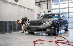 Time to wash up the matte black wrapped Mercedes-Benz USA E320 that we completed last year!