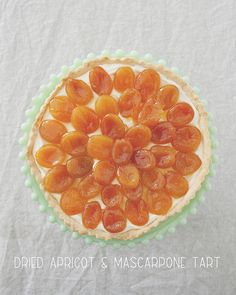 This apricot + mascarpone tart looks fancy, but is actually pretty simple! It tastes like a lighter, brighter cheesecake and the fruit is fall apart tender. Great Desserts, Dessert Recipes, Custard Tart, Dried Apricots, Stone Fruit, Sweet Tarts, Tart Recipes, Eat Cake, Food Inspiration