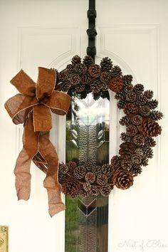 DIY Autumn Fall Pinecone Wreath