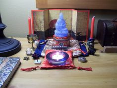 Househunting travel altar by leszlaw, via Flickr